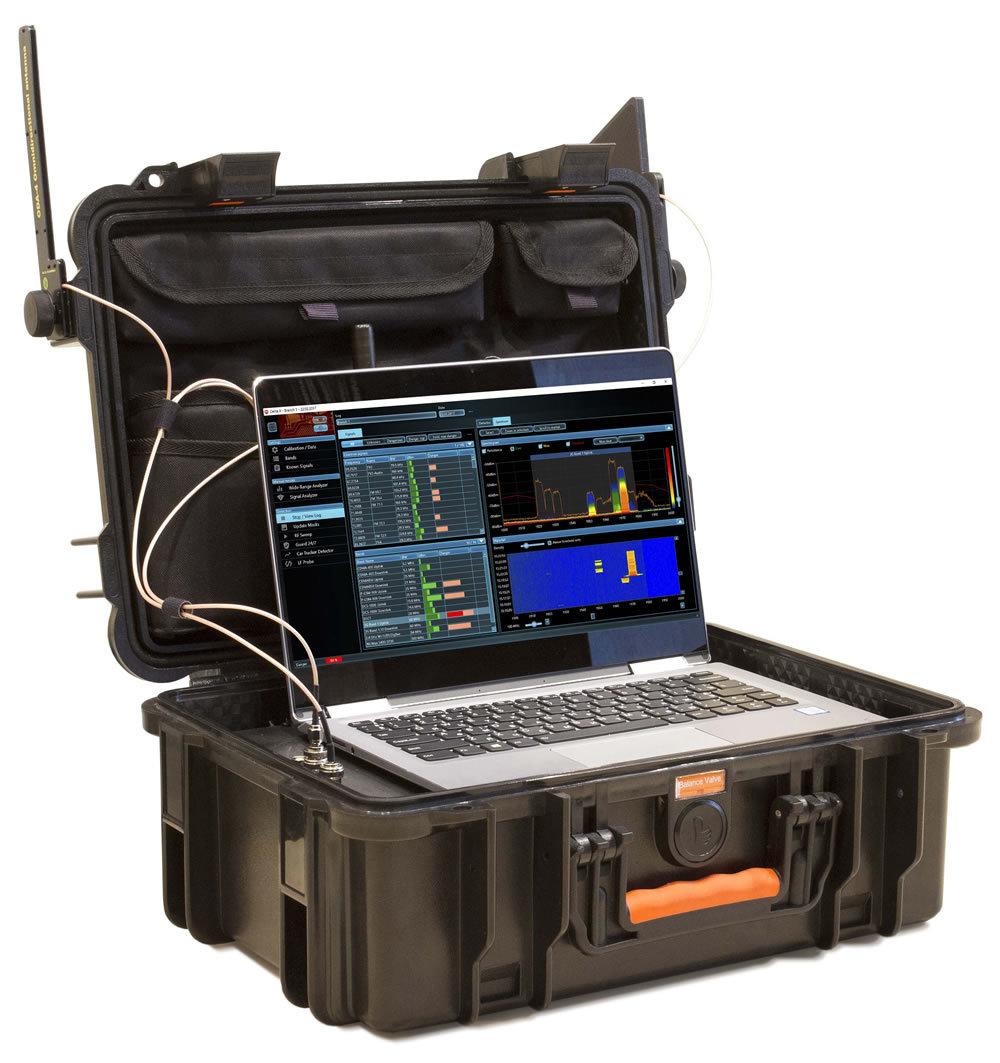 Spektrální analyzátor a RF detektor Delta X 100/12